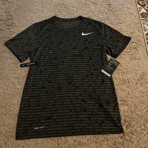 Nike Dri-Fit Standard Fit Shirt!